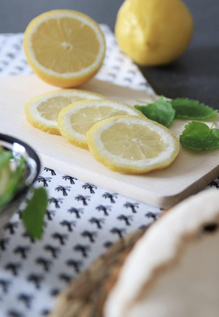Rezept für eine frische Zitronentarte gegen den Winterblues