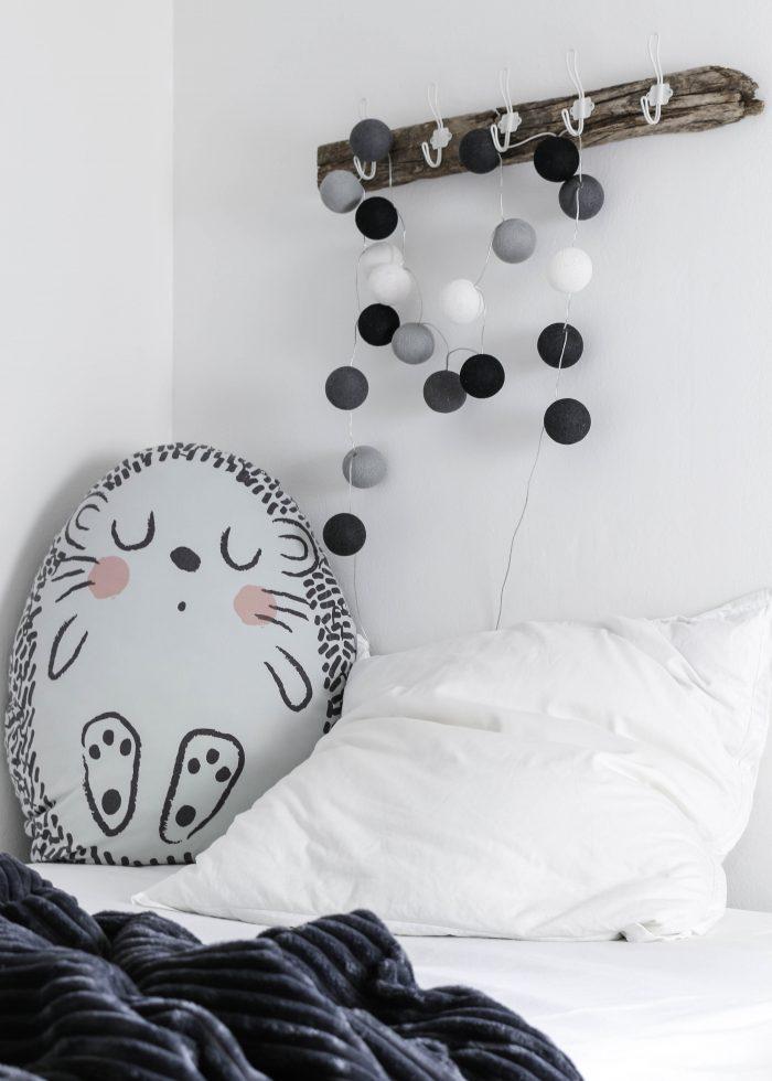 DIY, Hakenleiste, Treibholz, Hakenleiste aus Treibholz, Lightballs, Cotton Lightballs, Kinderzimmer, Kinderzimmer Dekoration