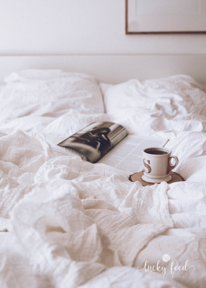 Leinen, Heimtextilien, natürlich wohnen, natürlich leben, kühlendes Leinen, natural lifestyle, Leinenstoff, Schlafzimmer, Bett, Bettwäsche, Bettwäsche aus Leinen
