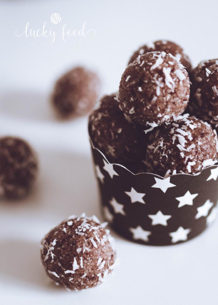 Energy Balls, energyballs, rezept energy balls, vegane Ernährung, zuckerfreie Ernährung, zuckerfrei, vegan, Glücksbällchen, energybites, Energiekugeln