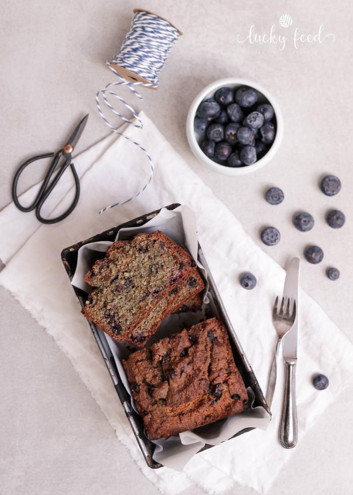 Blueberry Bread Rezept, Heidelbeerbrot, Heidelbeerbrot Rezept, Heidelbeerkuchen, Heidelbeerkuchen Rezept, Kuchen ohne Zucker, backen ohne Zucker, Vollwert Backen